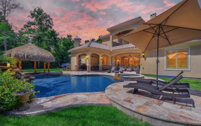 Impressive Golf Estate On Wooded Acre