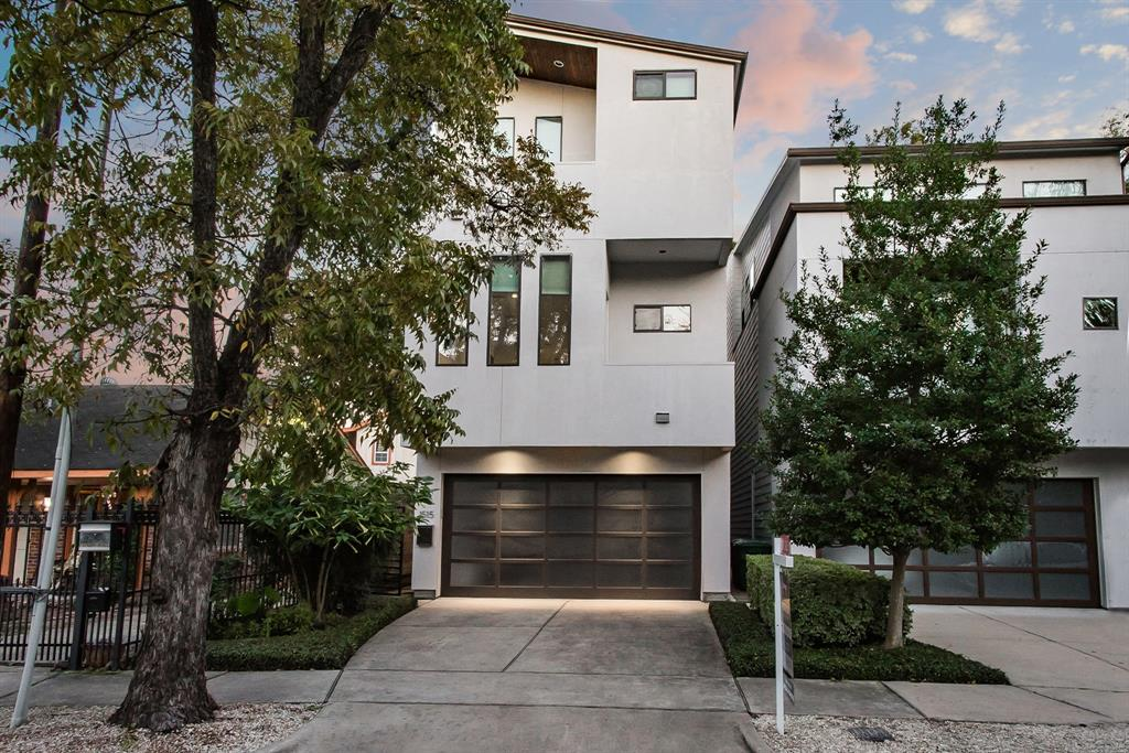 Modern Masterpiece in Hyde Park