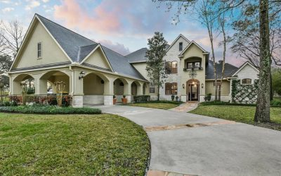 Waterfront Luxury in Hayden Lakes Estates